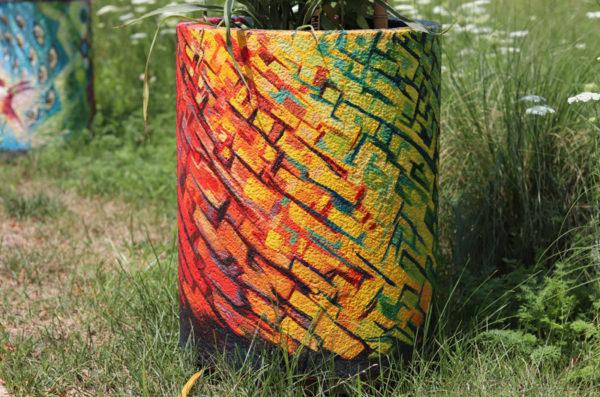 Pollinator urn